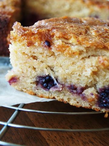Blackberry_cake_1