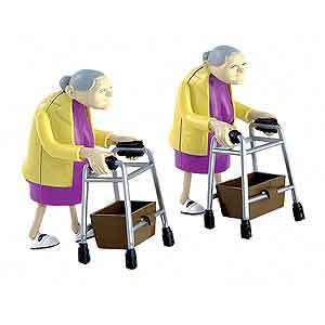 Racinggrannies1_3