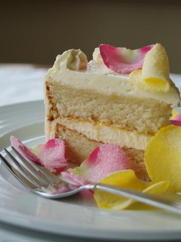Lemony_cake_1